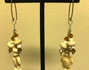 Turtle dangle cluster earrings