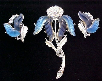Blue Iris Lucite Flower Brooch Earrings Set aurora borealis thermoset lucite