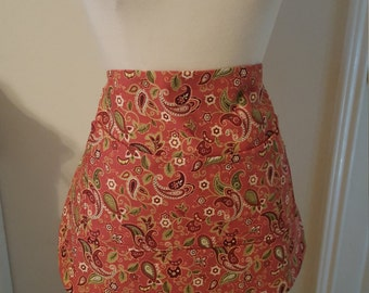 Pink paisley apron with pocket