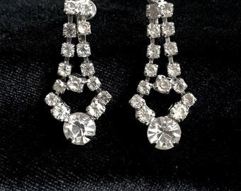 Dangling vintage rhinestone earrings with screw backs/holiday bling/wedding  something old