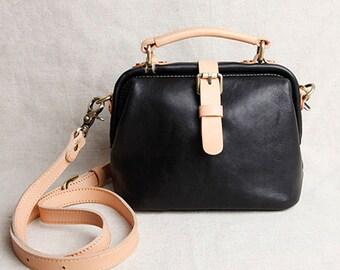 Top Quality Black Vintage Leather backpack bag Handmade Leather Bag With Inside Pocket Leather backpack Bag Leather Messenger bag