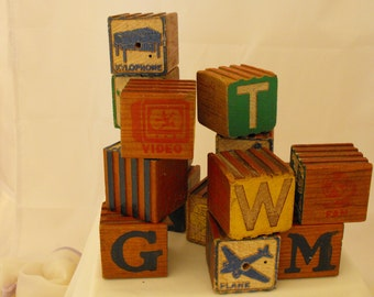 Wood Embossed Blocks Letters and Pictures Vintage  (273)