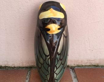 MIDDLE SIZE GREEN vintage French majolica cicada wall pocket vase moustier