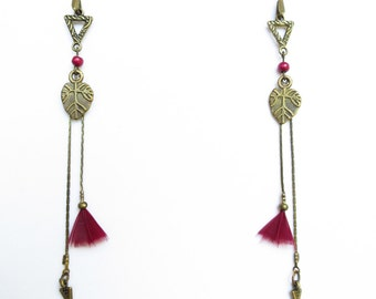 Chic ethnic earrings - dangling ethnic chic earrings - earrings-graphic Burgundy feathers - Triangle earrings