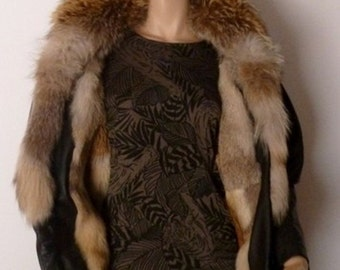 Genuine Fox Fur and lambskin for this coat 3/4 leather and Fox Fur