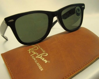 RAY-BAN B&L 1970's Wayfarer Sunglasses G-15 5022 Polarized