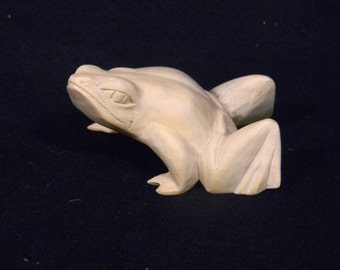 FROG WOODCARVING
