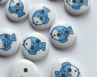 Wood fish buttons, fish picture buttons, cute buttons, pack of 15, 15mm round buttons, buttons for baby knits, craft buttons, animal buttons