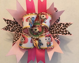 Sheriff Callie Inspired Girls, baby toddler Handmade Boutique style bottle cap Hair Bow. Pink leopard Girls Hair bow
