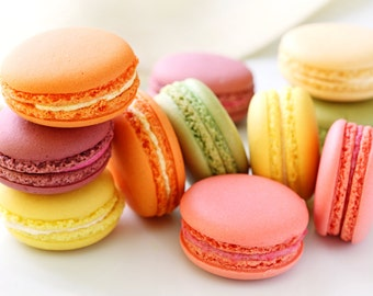 Colourful Edible Macaroons