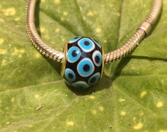 Eveleye model lampwork bead