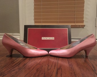 Vintage pink Pancaldi high heels pumps size 7.5 shoes made in Italy