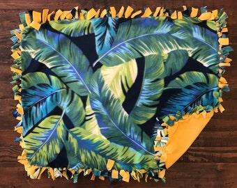 Palmy Leaves Fleece Blanket
