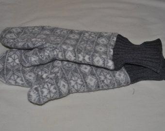 Grey & White Wool Mittens with Grey Cuff (Men's)