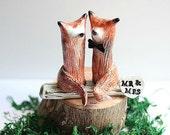 Clay Foxes - Wedding cake topper Fox - Brown Red Fox - Woodland Cake Topper - Rustic Wedding Cake Topper - Fox Cake Topper - MADE TO ORDER
