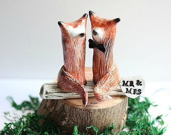 Clay Foxes - Wedding cake topper Fox - Fox - Red Fox - Woodland Cake Topper - Rustic Wedding Cake Topper - Fox Cake Topper - MADE TO ORDER