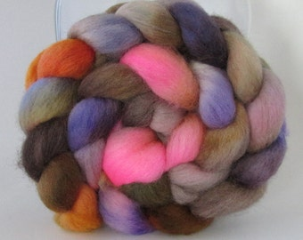 12 DOLLAR SALE - Hand Dyed Falkland Wool Combed Top Roving  (4.0 oz) - Cave Critter - Spinning Fiber Hand Painted Kettle Dyed
