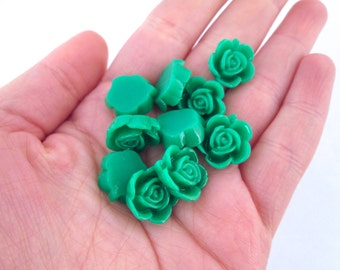 10 15mm green rose cabochons
