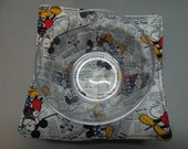 Microwave Bowl Cozy or Potholder Mickey & Minnie in the News Fabric