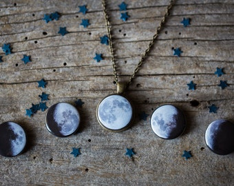 Interchangeable Moon Phase Necklace - Silver or Bronze - 5 Lunar Phases, Science Jewelry, Galaxy Jewellery, Geeky Gift, Cosmos, Galaxy