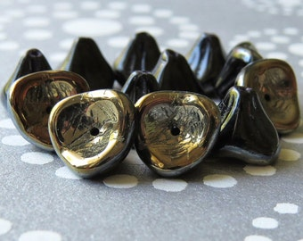 Black Gold Three Petal Flower Czech Glass Bead Jet Black  : 12 Czech Black Flower Beads