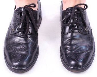 Men's Brogue Shoes 1980s Perforated  Oxford Shoes Wingtip Brogues BLACK 80s Leather Made In Italy Smart Dress Shoes US mens 8 Eur 41  Uk 7.5