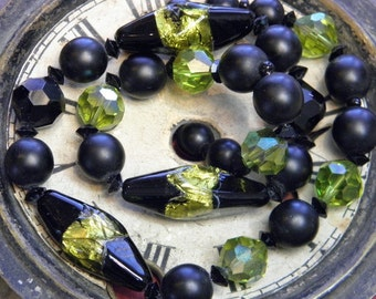 Vintage Foil Glass Bead Necklace Chartreuse Black