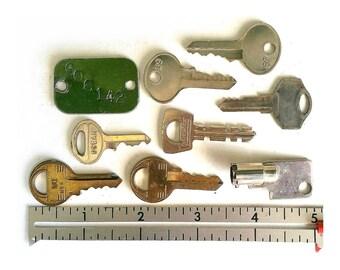 Old vintage Keys lot of 8 small padlock keys 1 old stamped metal tag assemblage found art supplies diy shadowboxes #4