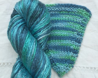 Silk Yarn Hand Dyed worsted weight - Marine (5)