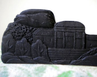 S A L E   Vintage Chinese Art Studio brush rest carved from black stone - domed palace scene