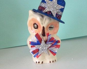Fourth of July Decoration Vintage Shawnee Owl Salt Shaker Fourth of July Ornament  Patriotic TVAT