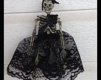 Halloween Decoration Creepy Skeleton in Black Lace Halloween Decoration Halloween Ornament Halloween Party