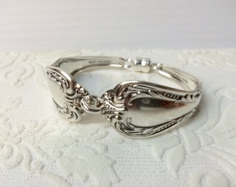 silverware Handle Bracelet Chalice Pattern