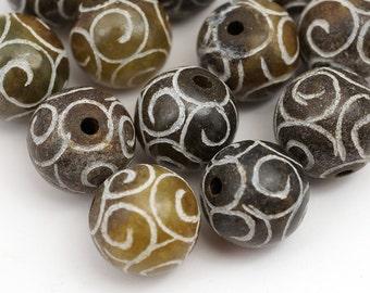 Spiral beads, soo chow jade semiprecious stone 13mm 14mm 15mm, 12 pcs