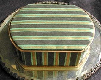 1930s Striped Black Green Gold Paper Covered Jewelry Store Display Box