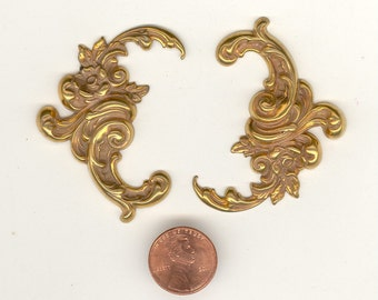 2 Naturally Aged Brass Flourish Leaves Findings Stampings 55x32mm No.45B