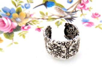 SILVER RING - Art Nouveau Flower Ring - Antique Silver Adjustable Statement Ring Band Boho Gypsy (RC-1)