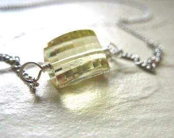 Citrine Necklace, Citrine Quartz Gemstone Statement Chain Pendant Necklace, Artisan Citrine Quartz Necklace Jewelry, Gemstone Necklace