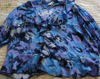 Bethany Blue Lavender Black White Floral Ruffled Blouse 20(2xl)