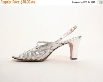 ON SALE Vintage 1970s Silver Strappy Sandals - Size US 7.5 7 1/2