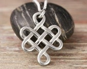 Endless knot pendant in sterling silver - Celtic necklace, celtic knot, endless knot, tibetain knot