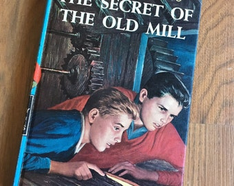 The Hardy Boys The Secret of the Old Mill Vintage Book