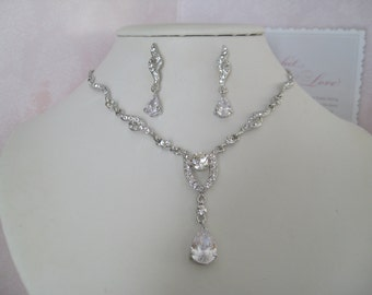 Bridal Package Bridesmaids Rhinestone Necklace and earrings set cubic Zirconia pendant Wedding Jewelry Bridal Jewelry Bridesmaids Jewelry