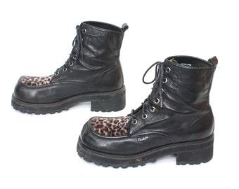 size 7.5 GRUNGE vegan leather 80s 90s PLATFORM COMBAT fuzzy leopard print zip up ankle boots