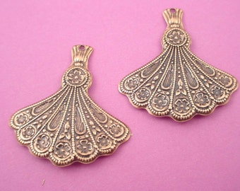 4 brass ox art nouveau fan charms with hole 31mm