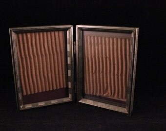 Vintage Folding 3 X 5 Double Gold Metal Picture Photo Frames