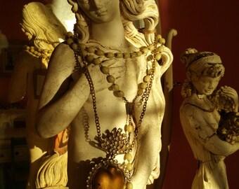 Immaculate heart locket ex voto religious jewelry religious relic reliquary relique religious necklace vintage locket religious altar relic