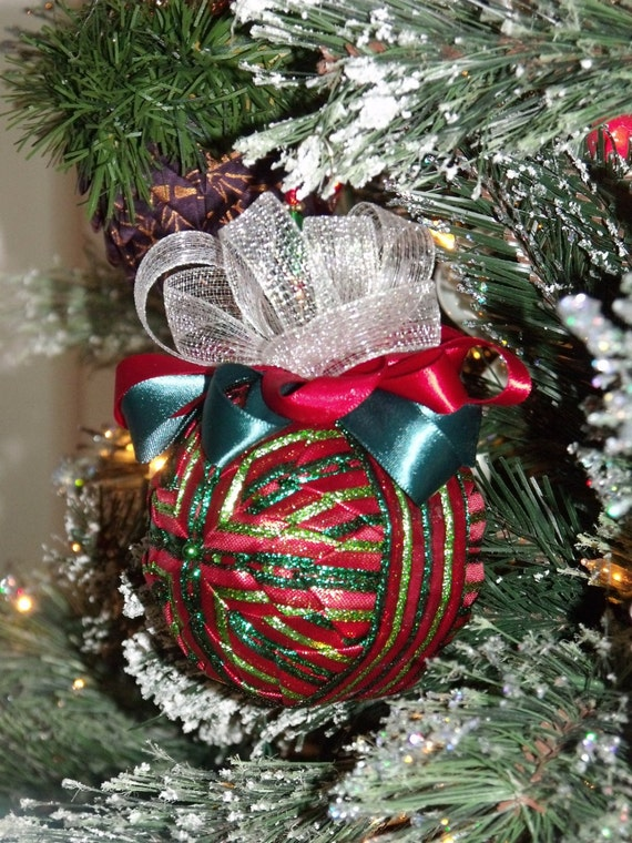 Christmas Tree Ornaments Quilted : Quilted ribbon christmas ball ornament home decor