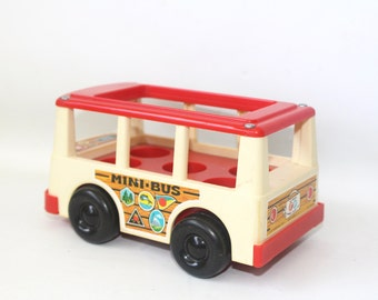 Vintage Fisher Price School Mini Bus for Little People FP141 1969