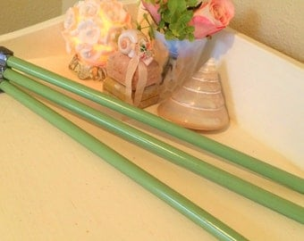 "Vintage Jadeite Green 18"" Triple Towel Rack Wooden Bars with Wall Bracket Cloth Holder"